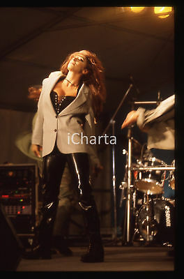 35mm vintage slide* 1990 ca Sabrina SALERNO in concerto (30)
