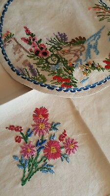 2 stunning  hand embroidered vintage linen table mats embroidery beautiful