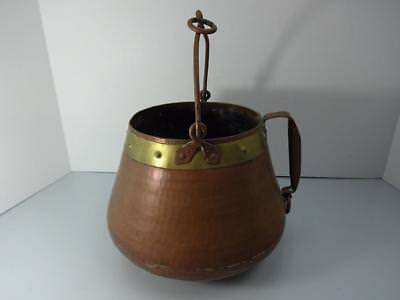 Antique Arts & Crafts Era Copper Hand Hammered Hefty Cauldron Bowl Pot W/Handle