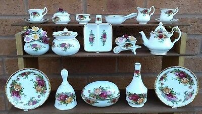 Royal Albert - Old Country Roses - Miniatures Selection.