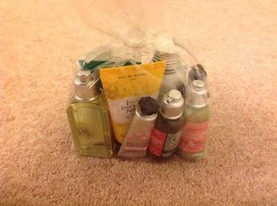 L'occitane En Provence Gift Bag With 12 Products Brand New Unopened