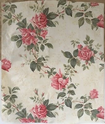 Beautiful Early 20th C. English Floral Printed Chintz Fabric (2287)