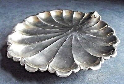 SUPERB ~ SILVER Plated ~ Scallop SHELL ~ Cake / Snack BOWL ~ c1900
