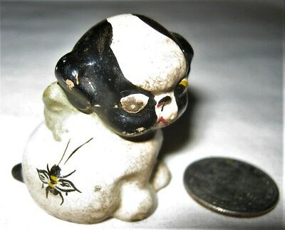 ANTIQUE HUBLEY USA DOG w HONEY BEE USA CAST IRON DESK ART STATUE TOY PAPERWEIGHT