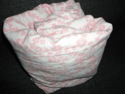 """Circo Pretty Horses Pink Floral (1Pc) Twin Fitted Sheet 12"""""""