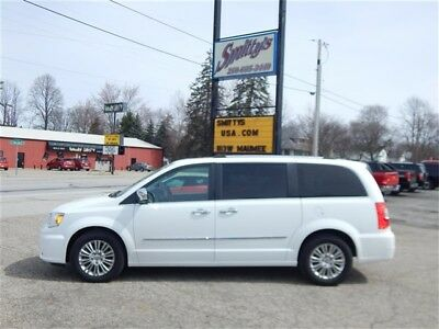 Town & Country Limited 2016 Chrysler Town & Country Limited Van Leather Navigation Sunroof DVD Stow Go!