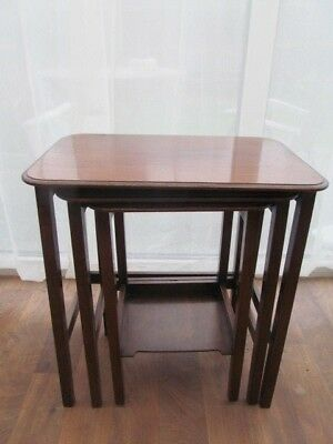 Slim Nest of 3 Tables Antique Edwardian Mahogany  Side  End  Lamp Plant Stand