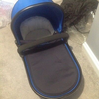 Icandy Peach Main Carrycot, Hardly Used Immaculate Condition. Cobalt Peach 3