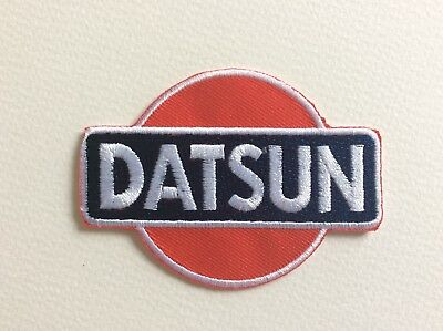 A297 // Ecusson Patch Aufnaher Toppa / Neuf / Datsun / 8*5.5 Cm