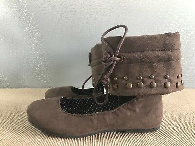 BNWT Little Girls Sz 7 Rivers Doghouse Brown Suede Look Ankle Cuff Flat Shoes