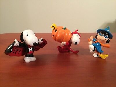 3 Determined Production Fun Figures PVC Halloween Peanuts Snoopy & Lucy