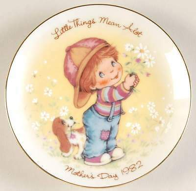 Avon MOTHERS DAY Little Things Mean Plate No Box 60377
