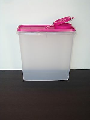 Tupperware Cereal Storer 13 Cup Clear Container & Pink Seal New