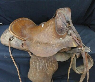 F.O. Baird Saddle Vintage Handmade Los Angeles Very Rare Special Old 27x22x15 FO