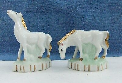 Set Of 2 White Horse Figurine Gold Mane And Tail
