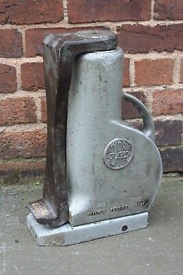 """TANGYE EPCO PS1230 30 Tonne Toe Jack 12"""" Lift Height With Claw"""