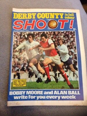 SHOOT FOOTBALL MAGAZINE 5th September 1970 Derby County Bobby Woodruff Etc