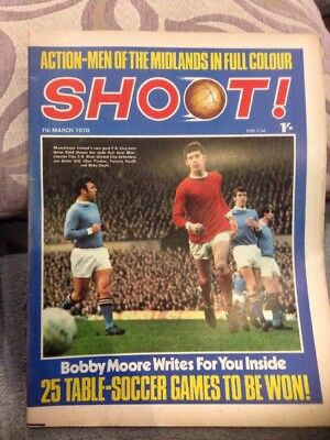 SHOOT FOOTBALL MAGAZINE 7th March 1970 Peter Marinello Etc