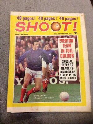 SHOOT FOOTBALL MAGAZINE 27th September 1969 Everton Terry Paine Etc