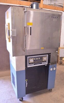 Blue M CFR-7652C-2 Heating Cooling Environmental Test Temperature Chamber