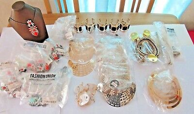 Job lot 63 assorted Fashion Costume jewellery Necklace Bangles  NEW