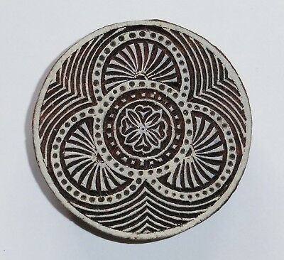 Round Shaped 7.6cm Indian Hand Carved Wooden Printing Block Stamp (2018-RD-10)