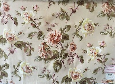 Beautiful 19th Century French Printed Floral Rose Print Fabric (2324)