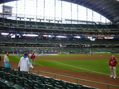 4 Tickets Milwaukee Brewers vs Detroit Tigers 9/29