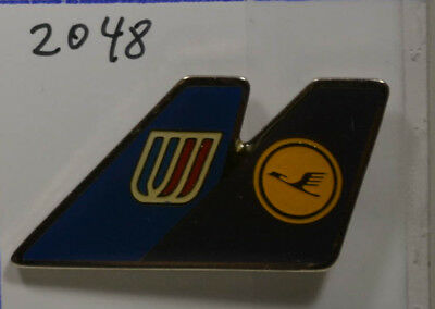 LUFTHANSA  - United Airlines   PIN Badge    3,5  x 2  cm    (AN2048)