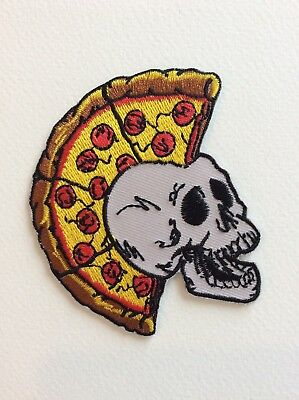 D169 // Ecusson Patch Aufnaher Toppa / Neuf / Punk Tete Pizza 7,5*8,5 Cm