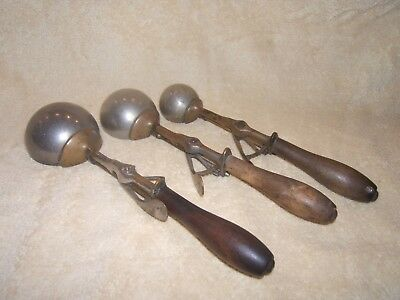 VINTAGE Set of Gilchrist's #31 Soda Fountain Ice Cream Scoops in 3 Sizes