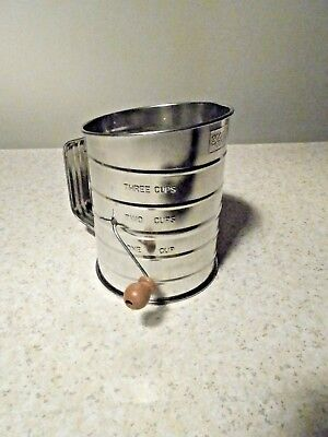 3 Cup Good Cook Flour Sifter Excellent Condition Look