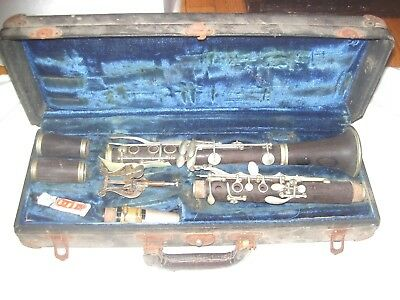 Old Wood Clarinet & Case, Buffet Crampton, Paris, C.fisher, New York No. Sm7564B