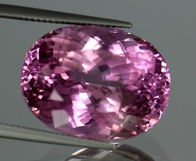 Flawless 35 Cts Natural Oval Pink Color Patroke Kunzite! No Reserve Price