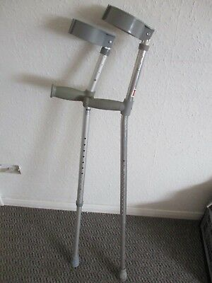 Pair Of Crutches - Davy - Silver - Walking Aid - Maximum Height 130cm Adjustable