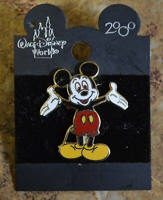 WDW Disney 2000 Mickey Mouse Standing w/ Open Arms Trading Pin New on Card