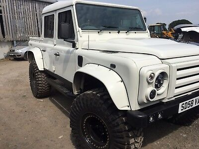 Land Rover Defender Spectre Wide wheel arches GRP