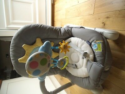 Chicco Vibrating Musical Baby Chair
