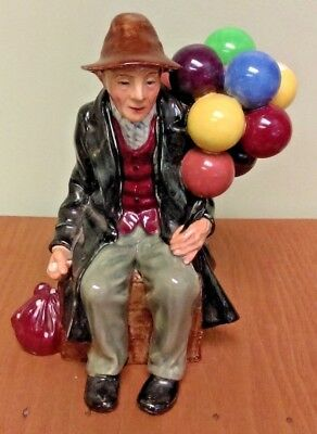 Royal Doulton The Balloon Man 1954 Figurine Made In England 7.5 Inches Tall