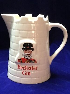 BEEFEATER GIN PITCHER PUB Royal Wedding England Majesty's Yeoman Warden