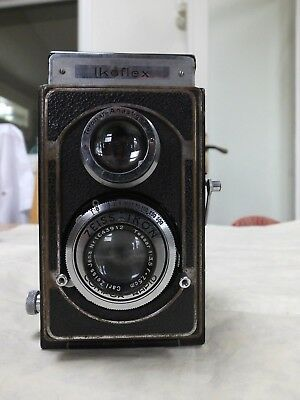 Zeiss Ikon Camera IKOFLEX  with Tessar 1:3.5 f=7.5cm and case