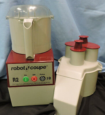 R2N Robot Coupe 3Qt. Commercial Food Processor w/ Feed Attachment & Pushers