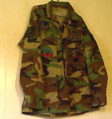 Vintage US Air Force Subdued Patches Woodland Camo 1970's Blend Twill Shirt Med