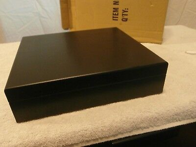 Cigar Humidor Wood Black New in the Box
