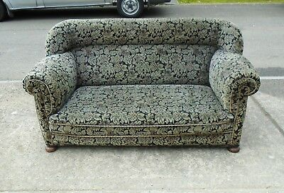 Victorian Sofa / Settee For Reupholstery      Delivery Available