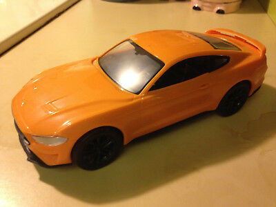 2018 Ford Mustang GT Kit Promo Model Car Toy  1/25 Scale
