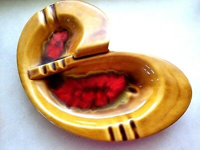 Large Vintage 1950's Wade California Pottery Ashtray #698-Beautiful And Perfect