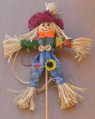 1:12 Scale Real Straw Scarecrow Tumdee Dolls House Garden Furniture Accessory PH