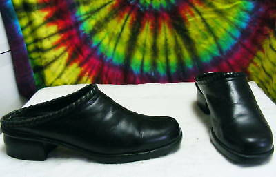 size 8.5 N ladies leather COLE HAAN mules clogs shoes