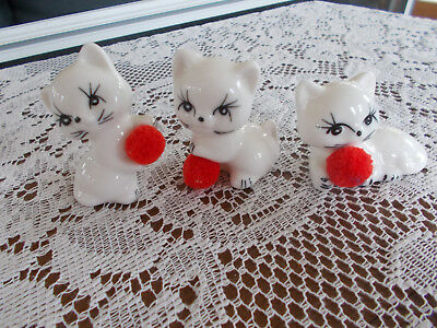 Vintage  Cat Kittens Red Ball Figurines Taiwan
